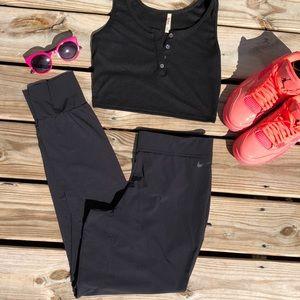 Nike Dry Fit Light Weight Joggers Women's Medium